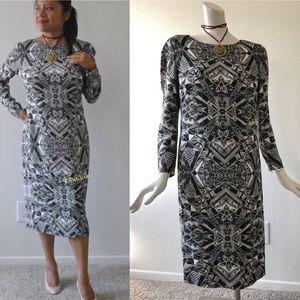 $1995 ESCADA Couture Black & White Geometric dress